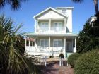 Destin, Florida rental home with beach across the street