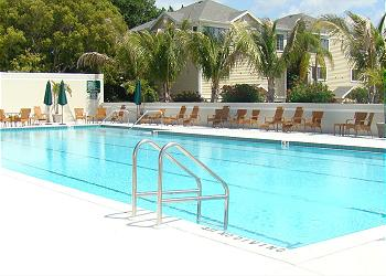 Longboat rental with community pool