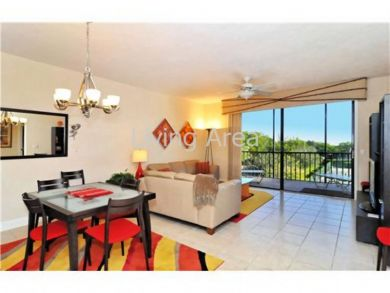 Well appointed Longboat Key rental