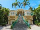Exterior view of Sanibel Island vacation home rental