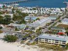 Walk to beach rental studio in Bradenton Beach, Florida
