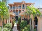 Close to beach vacation condo in Holmes Beach, Florida