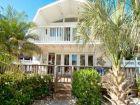 Two Blocks to Beach & One Block to Bay Home in Bradenton Beach, Florida