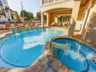 Private Pool & Spa