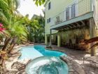 6 Bedroom w/ Boat Dock and pool sleeps 16 Anna Maria Rental