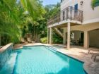 Lovely Five Bdrm Beach Rental on Holmes Beach- Tropical Pool