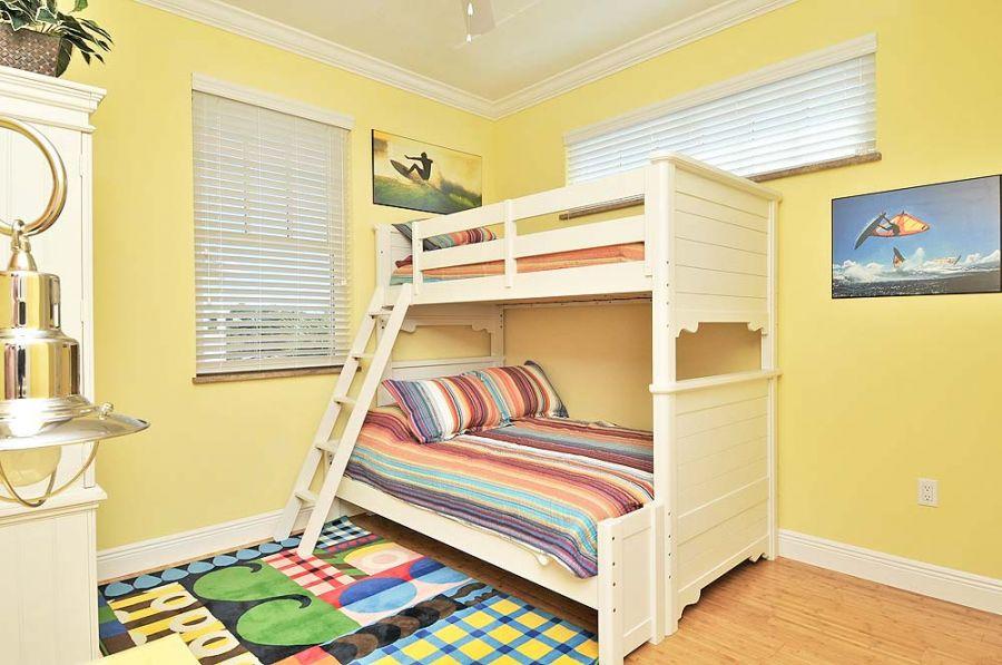 Seven bedroom vacation rental sleeps 14 private pool for 9 bedroom beach house rental