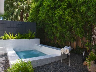 ... Master Suite Private Patio With In Ground Spa ...