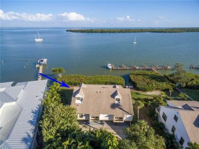 Captiva Island Rental With Three Bedrooms And Water Views