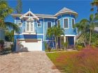 Luxury Holmes Beach Vacation Rental Home Three Bedrooms!