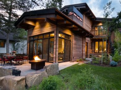 Vails most luxurious vacation rental with seven bedrooms for Cabin rentals near vail colorado