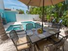 2 min walk to beach 3 bedroom private pool Anna Maria Island