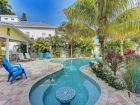Anna-Maria-Florida-vacation-rental-home-swim-up-table