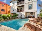 Luxury vacation rental home with pool iesta Key Village