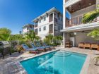 Siesta Key Luxury 8 bed home - 2 minute walk to the beach