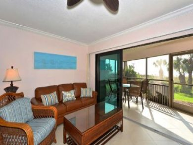Beach Front Siesta Key 2 Bedroom Condo Sleeps 6